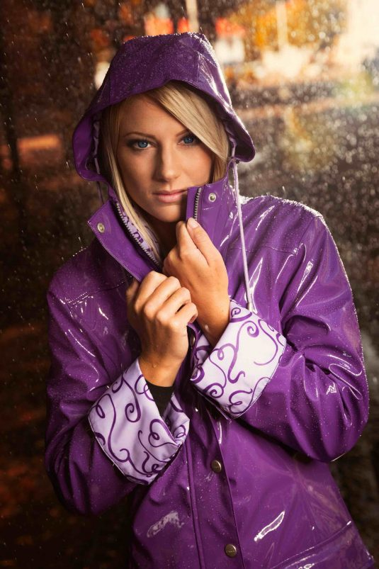 Osregn Womens Raincoat - Shiny Violet