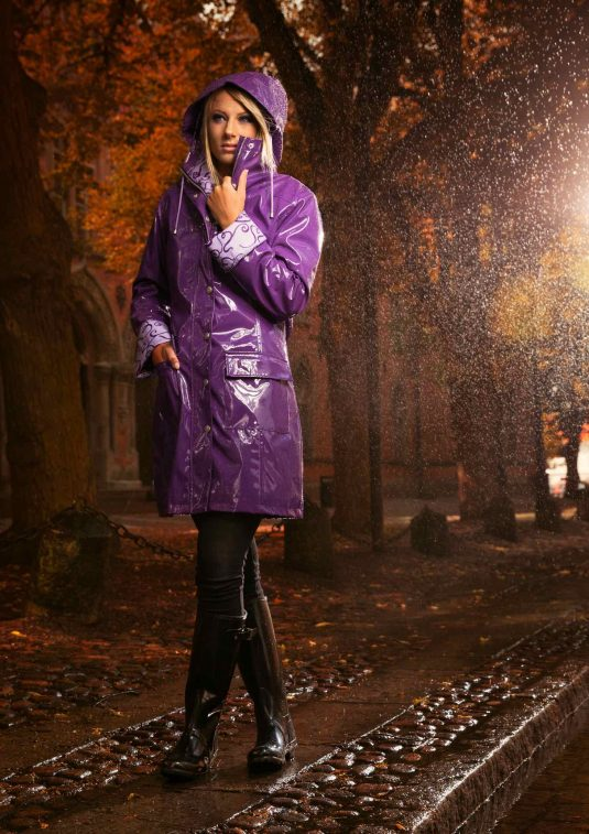 Osregn Womens Raincoat - Shiny Violet