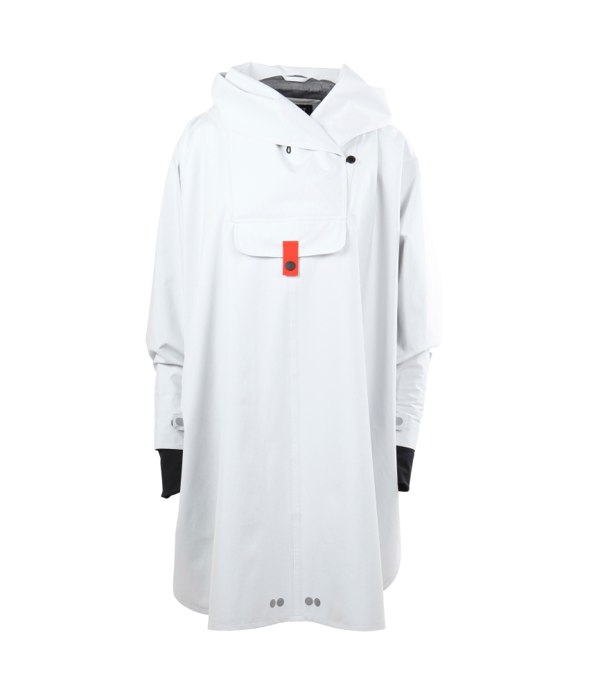 Blaest Bergen Poncho White