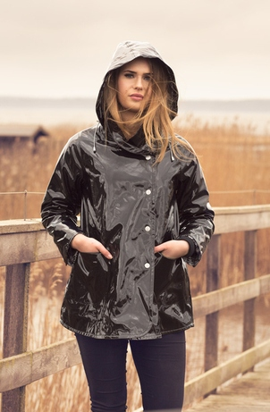 Osregn Swagger Raincoat Black 1a